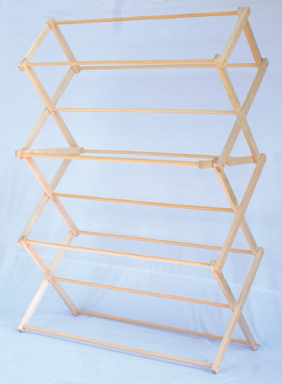 Amish folding clothes racks cottage craftworks blog for Wooden clothes drying rack plans